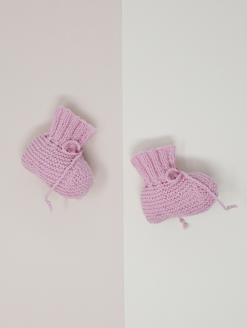 Opskrift på Mies babysokker strikkeopskrift på baby sokker